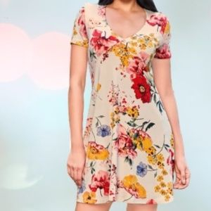 Beige floral casual dress size large
